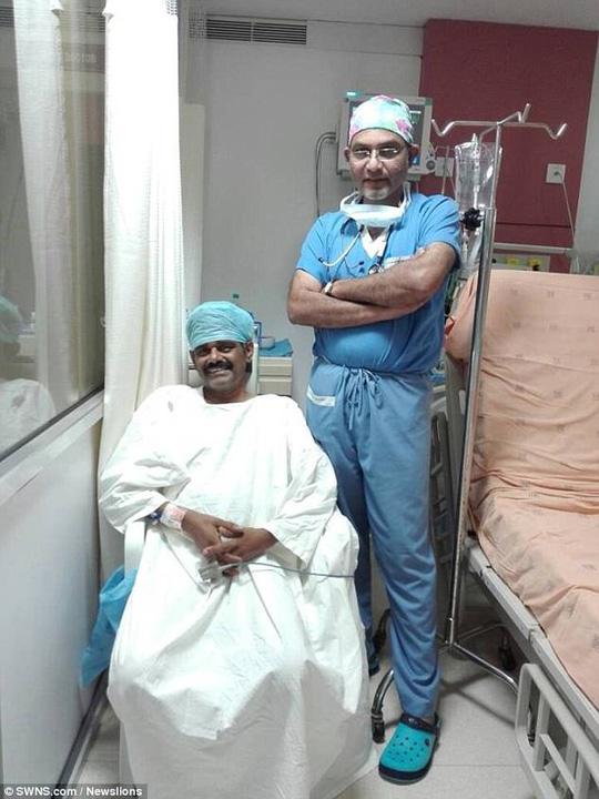 Anh chàng Suresh người Ấn Độ sở hữu 2 quả tim