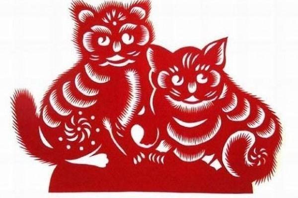 3-con-giap-can-su-nghiep-sa-sut-xui-xeo-du-duong-trong-thang-8