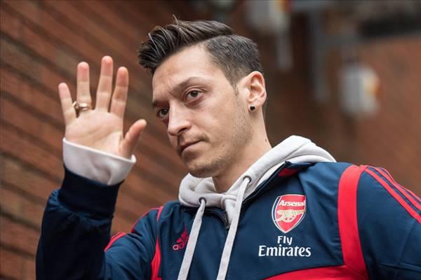 Ozil khép lại chặng đường hơn 7 năm ở Arsenal