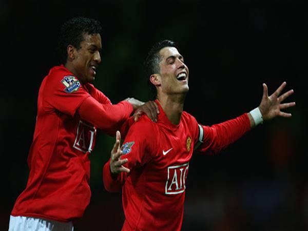 """Tin Man Utd ngày 26/4 : MU """"giải cứu"""" Ronaldo với giá 26 triệu bảng"""