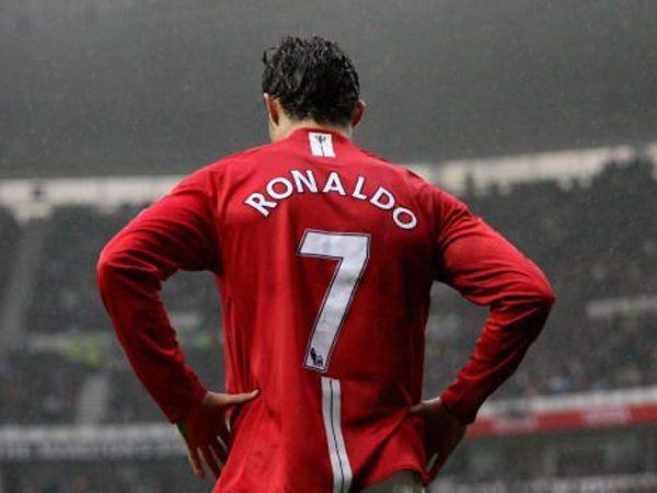 Tin chuyển nhượng 27/5: Man Utd vẫn theo đuổi Ronaldo